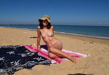 young nudism photos and nudism cute free nudist family pictures